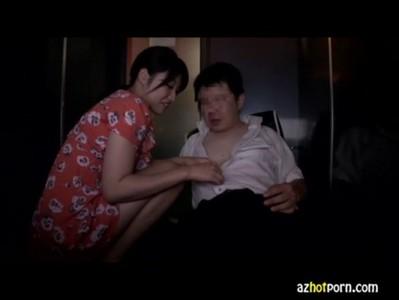 AzHotPorn.com - Female Molester Seeking The Nipple