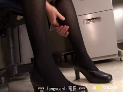 AzHotPorn.com - Office Ladies With Black Stockings