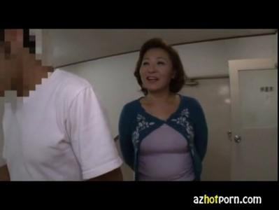 AzHotPorn.com - Single Men Who Will Do Mature Soap 1