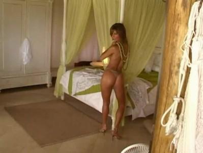 Bárbara Borges: www.sensuaiseprovocantes.com