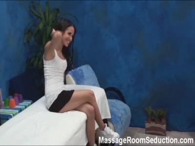 Teen seduced in massage room www.beeg18.com