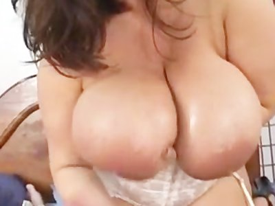 Maria Moore's Big Tits Curvy Ass