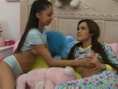 two cute teens blowjob - Teen sex video - Tube8.com